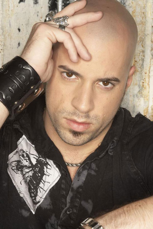 "<div class=""meta ""><span class=""caption-text "">Chris Daughtry and wife Deanna announced in May 2010 that they are expecting twins, a boy and a girl via surrogate in November 2010.  The pair already has a son, Griffin and a daughter, Hannah. (myspace.com/daughtry)</span></div>"