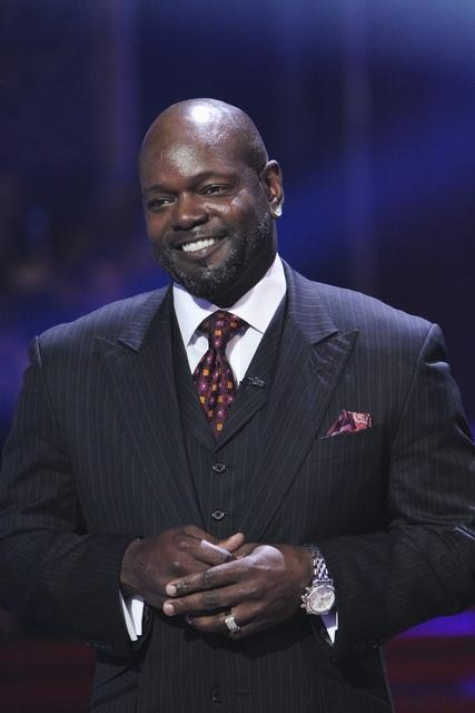 "<div class=""meta ""><span class=""caption-text "">Emmitt Smith appears on 'Dancing With the Stars,' Monday, Nov. 1, 2010. (ABC)</span></div>"