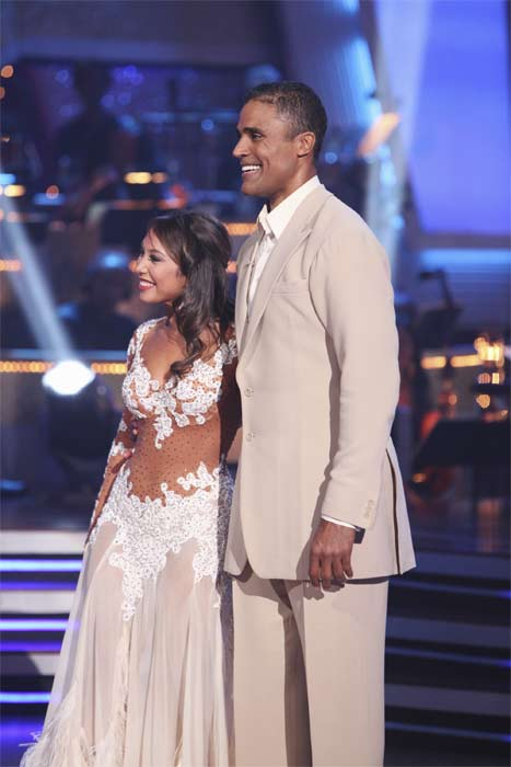 Rick Fox and Cheryl Burke perform on &#39;Dancing With the Stars,&#39; Monday, Sept.  20, 2010. The judges gave the couple 22 points out of 30. <span class=meta>(ABC Photo&#47; Adam Larkey)</span>