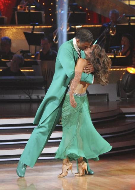 "<div class=""meta image-caption""><div class=""origin-logo origin-image ""><span></span></div><span class=""caption-text"">Rick Fox and Cheryl Burke perform a Quickstep on 'Dancing With the Stars,' Monday, Nov. 1, 2010. The judges gave the couple 37 out of 40 for individual and 24 points for winning dance marathon for a total 61 out of 70. (KABC Photo)</span></div>"