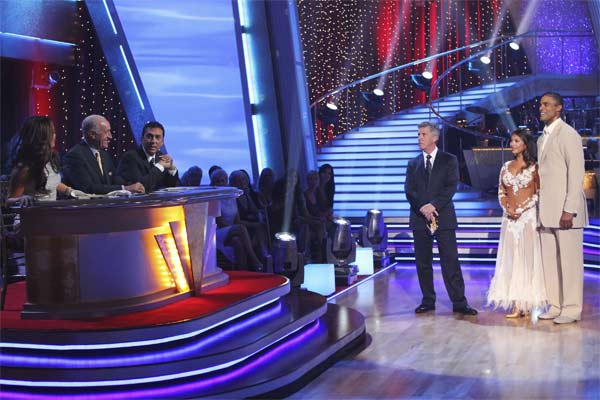Rick Fox and Cheryl Burke await their scores on &#39;Dancing With the Stars,&#39; Monday, Sept.  20, 2010. The judges gave the couple 22 points out of 30. <span class=meta>(ABC Photo&#47; Adam Larkey)</span>