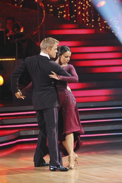 Jennifer Grey and Derek Hough perform a tango on &#39;Dancing With the Stars,&#39; Monday, Nov. 1, 2010. The judges gave the couple 37 out of 40 for individual for a total 64 out of 70. <span class=meta>(ABC)</span>