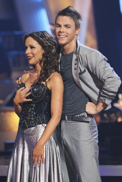 Jennifer Grey and Derek Hough perform on &#39;Dancing With the Stars,&#39; Monday, Oct. 25, 2010. The judges gave the couple 20 out of 30 for individual and 9 points for the dance marathon for a total of 29. <span class=meta>(ABC Photo&#47;Adam Larkey)</span>