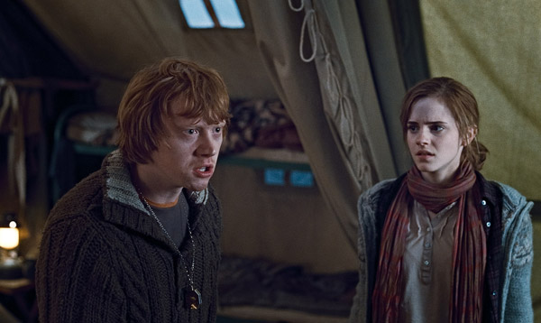 "<div class=""meta ""><span class=""caption-text "">Ron Weasley (Rupert Grint) and Hermione Granger (Emma Watson) appear in a scene from 'Harry Potter and the Deathly Hallows - Part 1.' (Warner Bros. Pictures)</span></div>"