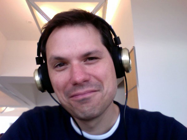 Michael Ian Black in a photo from his official Twitpic page.