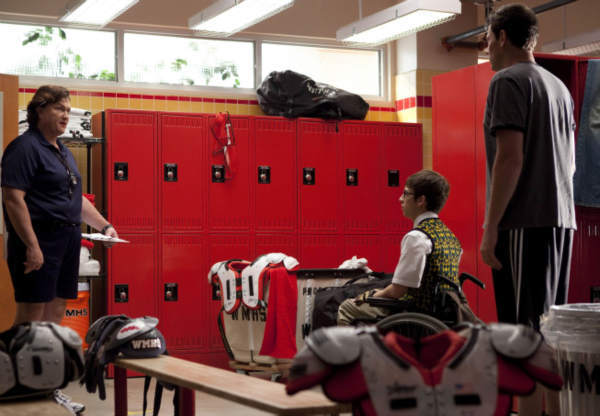 Coach Beiste &#40;Dot Marie Jones, L&#41; walks in on Artie &#40;Kevin McHale, C&#41; and Finn &#40;Cory Monteith, R&#41; talking in the locker room in the &#39;Britney&#47;Brittany&#39; episode of &#39;Glee&#39; airing Tuesday, Sept. 28 &#40;8:00-9:00 PM ET&#47;PT&#41; on FOX. &copy;2010 Fox Broadcasting Co. <span class=meta>(Photo courtesy of Adam Rose &#47; FOX)</span>