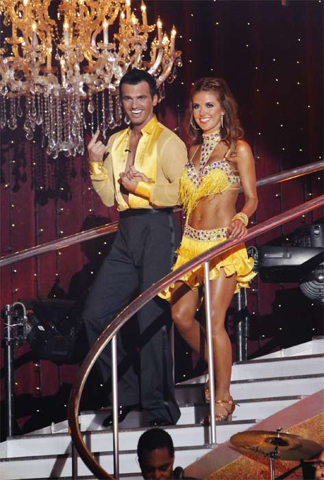"<div class=""meta ""><span class=""caption-text "">Audrina Patridge and Tony Dovolani enter the stage on 'Dancing With the Stars,' Monday, Sept.  20, 2010. The judges gave the couple 19 points out of 30. (ABC Photo/ Adam Larkey)</span></div>"