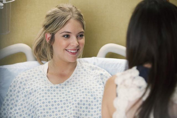 Ashley Benson &#40;Hanna&#41; appears in the &#39;Pretty Litle Liars&#39; episode &#39;Moment Later,&#39; which airs on Jan. 3, 2011 at 8 p.m. ET on ABC Family. <span class=meta>(ABC Family &#47; Adam Rose)</span>