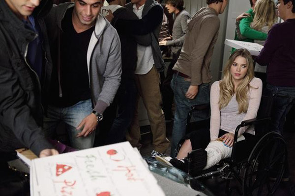 "<div class=""meta ""><span class=""caption-text "">Ashley Benson (Hanna) appears in the 'Pretty Litle Liars' episode 'Salt Meets Wound,' which airs on Jan. 10, 2011 at 8 p.m. ET on ABC Family. During the episode, surprises unsettle the Liars as 'A' continues the game. (ABC Family / Adam Rose)</span></div>"
