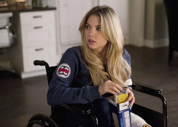 Ashley Benson (Hanna) appears in the 'Pretty...