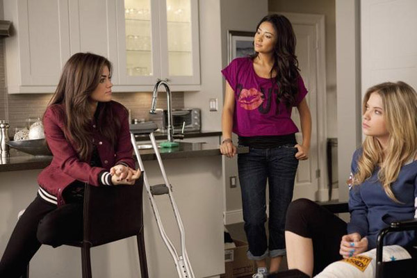 "<div class=""meta ""><span class=""caption-text "">Lucy Hale (Aria), Shay Mitchel (Emily) and Ashley Benson (Hanna) appear in the 'Pretty Litle Liars' episode 'Salt Meets Wound,' which airs on Jan. 10, 2011 at 8 p.m. ET on ABC Family. During the episode, surprises unsettle the Liars as 'A' continues the game. (ABC Family / Adam Rose)</span></div>"