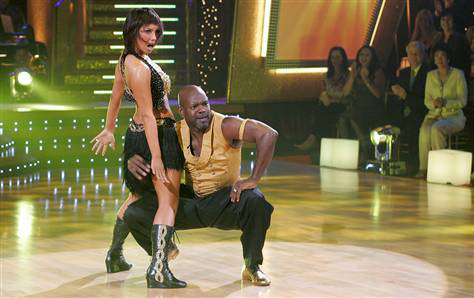In the fall of 2006, the season 3 'Dancing with the Stars' winners were announced: Emmitt Smith and Cheryl Burke.