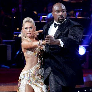 Warren Sapp and Kym Johnson were the season 7 runner-ups.  Sapp played as a defensive tackle in the NFL.  He played for the Tampa Bay Buccaneers and the Oakland Raiders. <span class=meta>(Photo courtesy of ABC)</span>