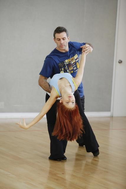 Former NFL star Kurt Warner rehearses with Anna...