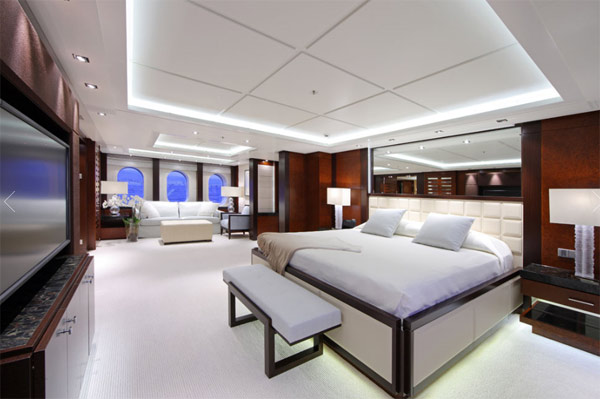 "<div class=""meta ""><span class=""caption-text "">Diddy and his family have rented this $850,000-a-week superyacht, partially controlled by an iPad. The technology, which allows guests to control things like entertainment and climate systems and room service, was made by German luxury yacht firm Lurssen. (yachtsolemates.com)</span></div>"