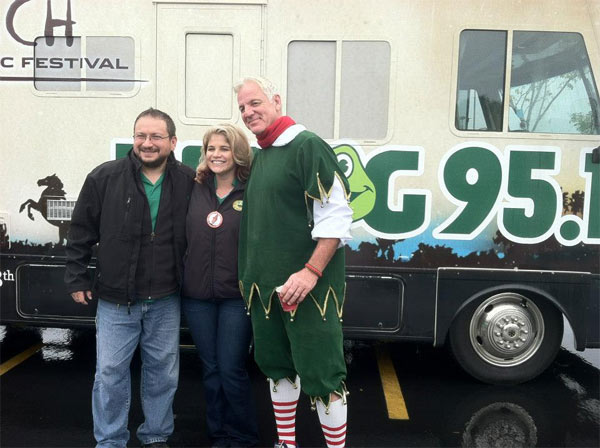 Garth the Elf on K-FROG 95.1 radio at the Spark of Love Toy Drive in Ontario on Friday, Nov. 30, 2012. <span class=meta>(KABC)</span>