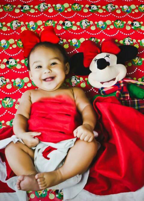 "<div class=""meta image-caption""><div class=""origin-logo origin-image ""><span></span></div><span class=""caption-text"">ABC7 viewer Angela Garcia shared this holiday snapshot. Use #ABC7HomeForTheHolidays on Facebook, Twitter and Instagram to share your holiday photos with ABC7. We'll feature some of the best on our newscasts and here on abc7.com! (KABC Photo)</span></div>"