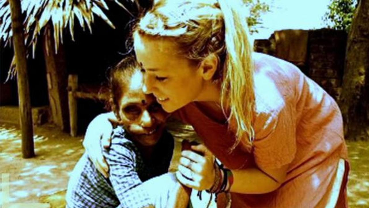 Cool Kid Ashley Punderson flew to India to help victims with leprosy.