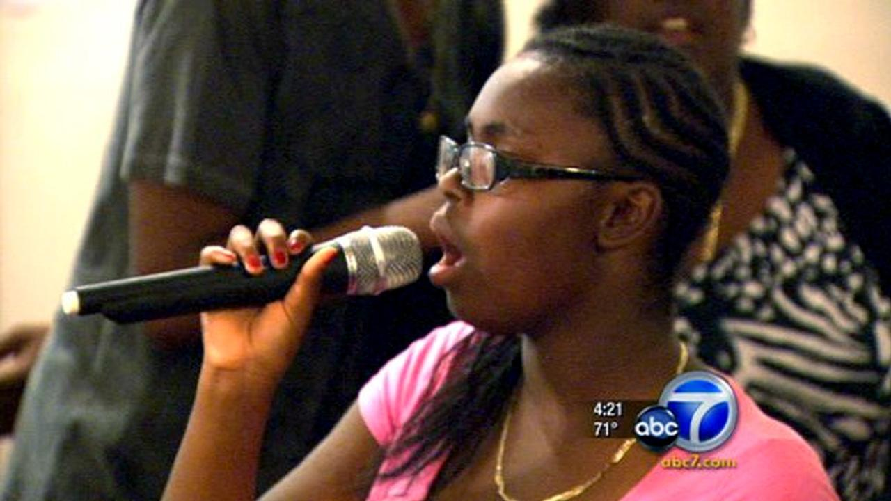 Cool Kid LaJonta Jones uses her passion of singing to give back to veterans.