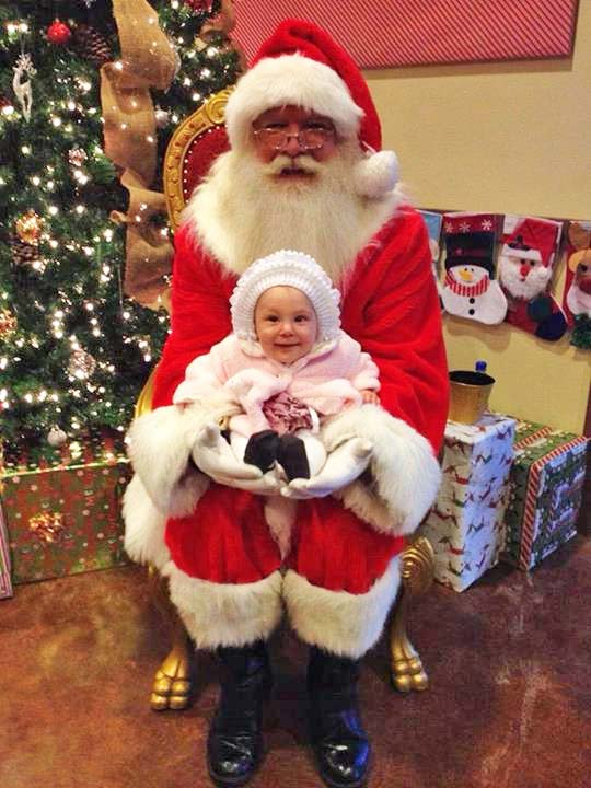 "<div class=""meta image-caption""><div class=""origin-logo origin-image ""><span></span></div><span class=""caption-text"">ABC7 viewer Amalia Christina Estrella Ramirez shared this holiday snapshot. Use #ABC7HomeForTheHolidays on Facebook, Twitter and Instagram to share your holiday photos with ABC7. We'll feature some of the best on our newscasts and here on abc7.com! (KABC Photo)</span></div>"