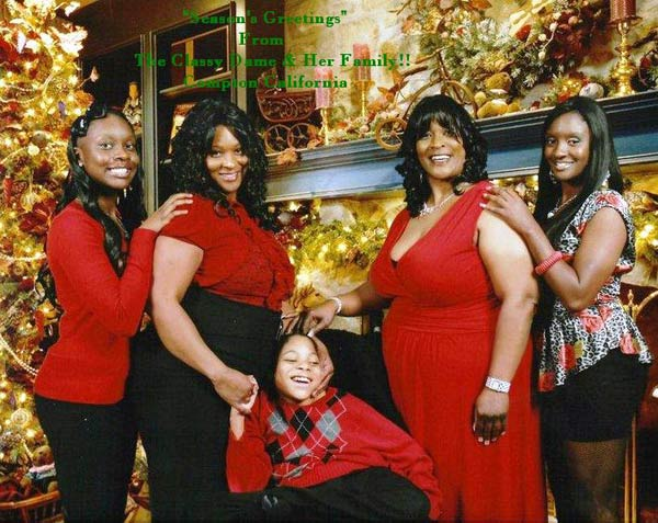 "<div class=""meta ""><span class=""caption-text "">Happy Holidays from The Classy Dame and her family! (ABC7 Photo/ Sandra Bassette)</span></div>"
