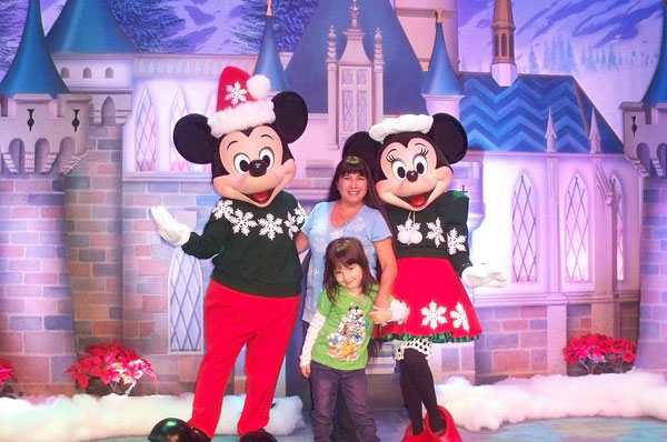 To my crazy Disney friends -- Daniel, Phil and Jim -- Merry Christmas! Love, Liana and Lilly.   <span class=meta>(ABC7 Photo&#47; Liana Kilgore from Simi Valley)</span>