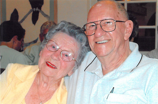 Happy holidays to Harold and Georgia Cale. And congratulations on your 75th wedding anniversary. <span class=meta>(ABC7 Photo&#47; Missy Fletcher of Lomita)</span>