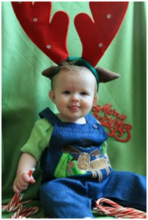 Merry Christmas from a little tike. <span class=meta>(ABC7 Photo)</span>
