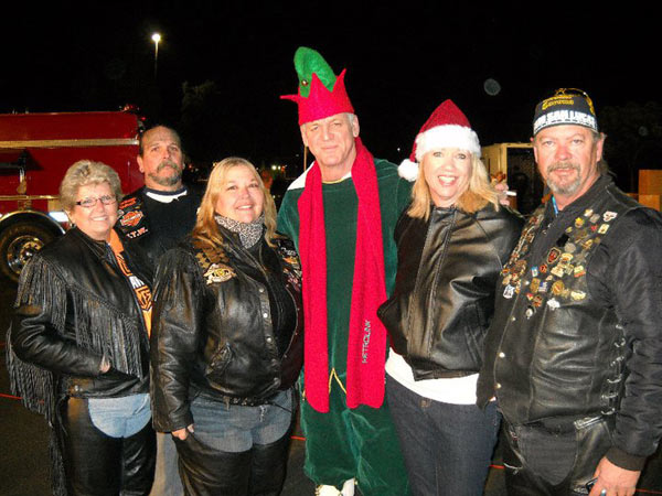 "<div class=""meta ""><span class=""caption-text "">Chrome Divas shared their spark by starting Christmas off for the 5th year with Garth Kemp (dressed as an elf) giving to the Spark of Love campaign. (ABC7 Photo/ Terri King of Riverside)</span></div>"