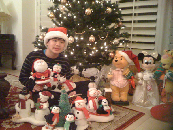To the Wong Family: Trevor wishes you all a Happy Holiday!  May 2011 be filled with good health, happiness, love and prosperity! <span class=meta>(ABC7 Photo&#47; Winnie Wong of Calabasas)</span>