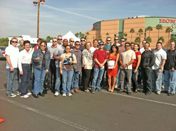 "<div class=""meta ""><span class=""caption-text "">ABC7 Eyewitness News traffic reporter Alysha Del Valle and the Orange County Sheriff's Basic Supervision Class for Sergeants at the ABC7 Sandy relief drive at the Honda Center in Anaheim on Thursday, Nov. 1, 2012. (KABC)</span></div>"