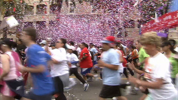 Walkers and runners participate in the Entertainment Industry Foundation Revlon Run&#47;Walk for Women in Exposition Park on Saturday, May 11, 2013. <span class=meta>(KABC Photo)</span>