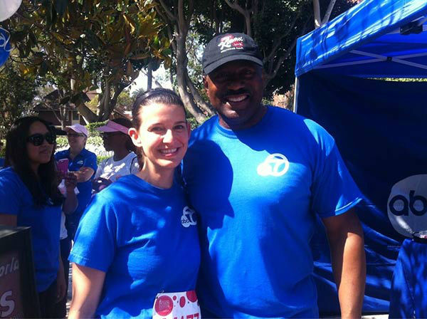 ABC7 reporter Leticia Juarez and Eyewitness News anchor Marc Brown pose for a photo at the Entertainment Industry Foundation Revlon Run/W