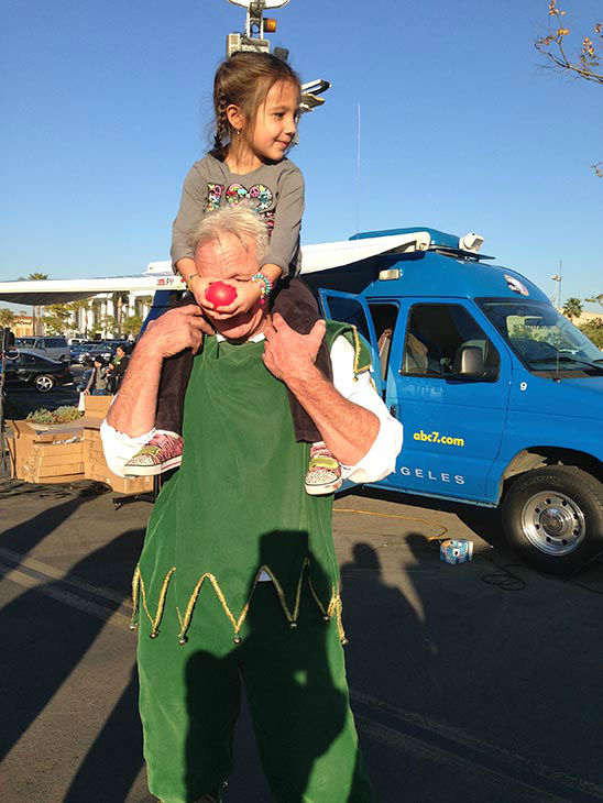 "<div class=""meta ""><span class=""caption-text "">Garth the Elf hangs out with Neeka at our Stuff-A-Bus event at Westfield Topanga mall in Canoga Park on Friday, Dec. 13, 2013. (KABC Photo)</span></div>"