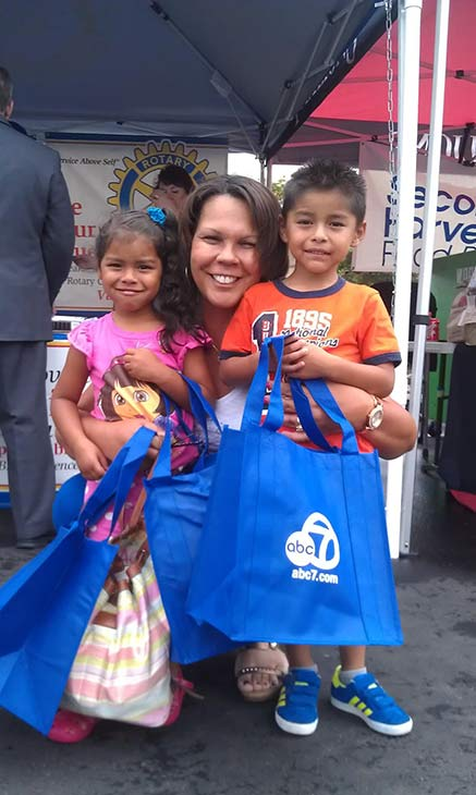 Generous donors from Moreno Valley pose for a photo at the Feed SoCal food drive in Ontario on Friday, July 26, 2013. <span class=meta>(KABC Photo)</span>