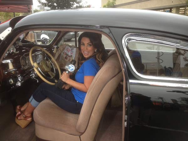 "<div class=""meta ""><span class=""caption-text "">ABC7's Alysha Del Valle receives donations at the Feed SoCal event in Costa Mesa on Friday, July 26, 2013. (KABC Photo)</span></div>"
