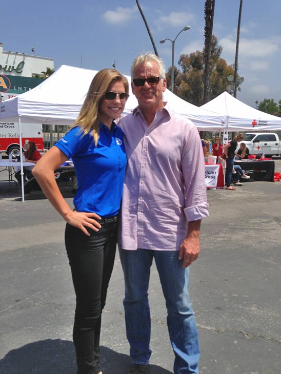 "<div class=""meta ""><span class=""caption-text "">ABC7 Weathercaster Garth Kemp poses with Meteorologist Bri Winkler at a fundraising event at the Rose Bowl in Pasadena to help the victims of the Oklahoma tornado on Wednesday, May 22, 2013. (KABC)</span></div>"