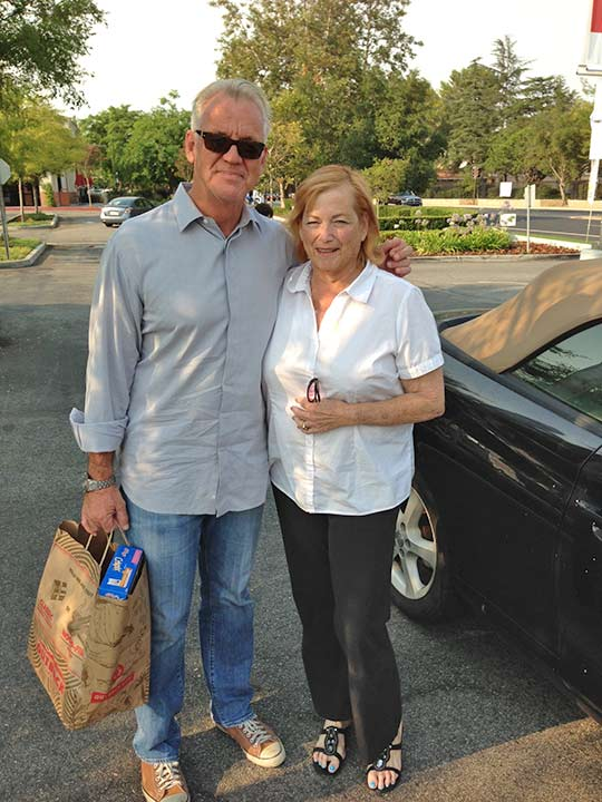 ABC7 Weathercaster Garth Kemp poses with Ellen, who came out to support the Feed SoCal event in Thousand Oaks on Friday, July 19, 2013. <span class=meta>(KABC Photo)</span>