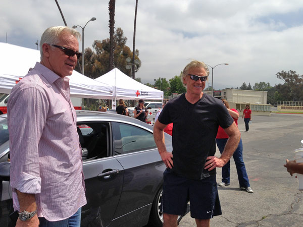 "<div class=""meta ""><span class=""caption-text "">ABC7 Weathercaster Garth Kemp poses with  Meteorologist Dallas Raines at a fundraising event at the Rose Bowl in Pasadena to help the victims of the Oklahoma tornado on Wednesday, May 22, 2013. (KABC)</span></div>"
