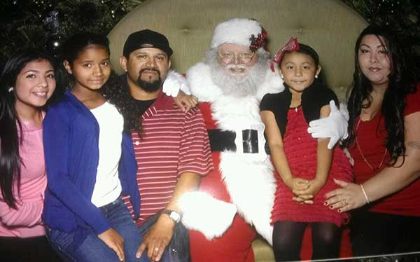 "<div class=""meta image-caption""><div class=""origin-logo origin-image ""><span></span></div><span class=""caption-text"">Lorena Garcia shared this family photo. Use #ABC7HomeForTheHolidays on Facebook, Twitter and Instagram to share your holiday photos with ABC7. We'll feature some of the best on our newscasts and here on abc7.com! (KABC)</span></div>"