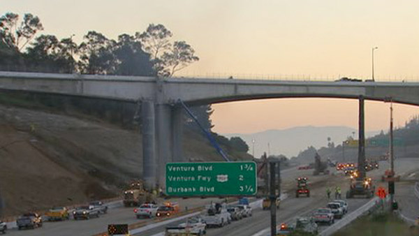 Carmageddon ends, 405 Freeway back open early