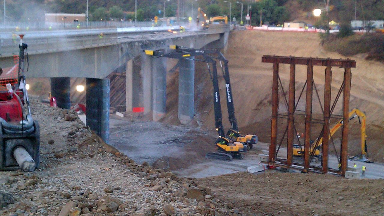 Metro Los Angeles posted this photo on their Twitter account, showing the demolition of the Mulholland Drive Bridge at about 7 a.m. on Saturday, Sept. 29, 2012. <span class=meta>(www.twitter.com&#47;metrolosangeles)</span>
