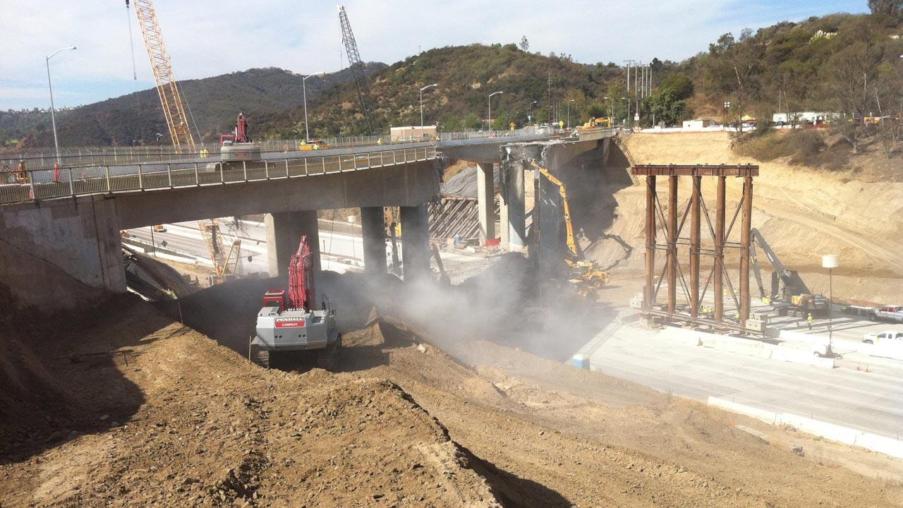 Metro Los Angeles posted this photo on their Twitter account, showing the demolition of the Mulholland Drive Bridge at about 10:15 a.m. on Saturday, Sept. 29, 2012. <span class=meta>(www.twitter.com&#47;metrolosangeles)</span>