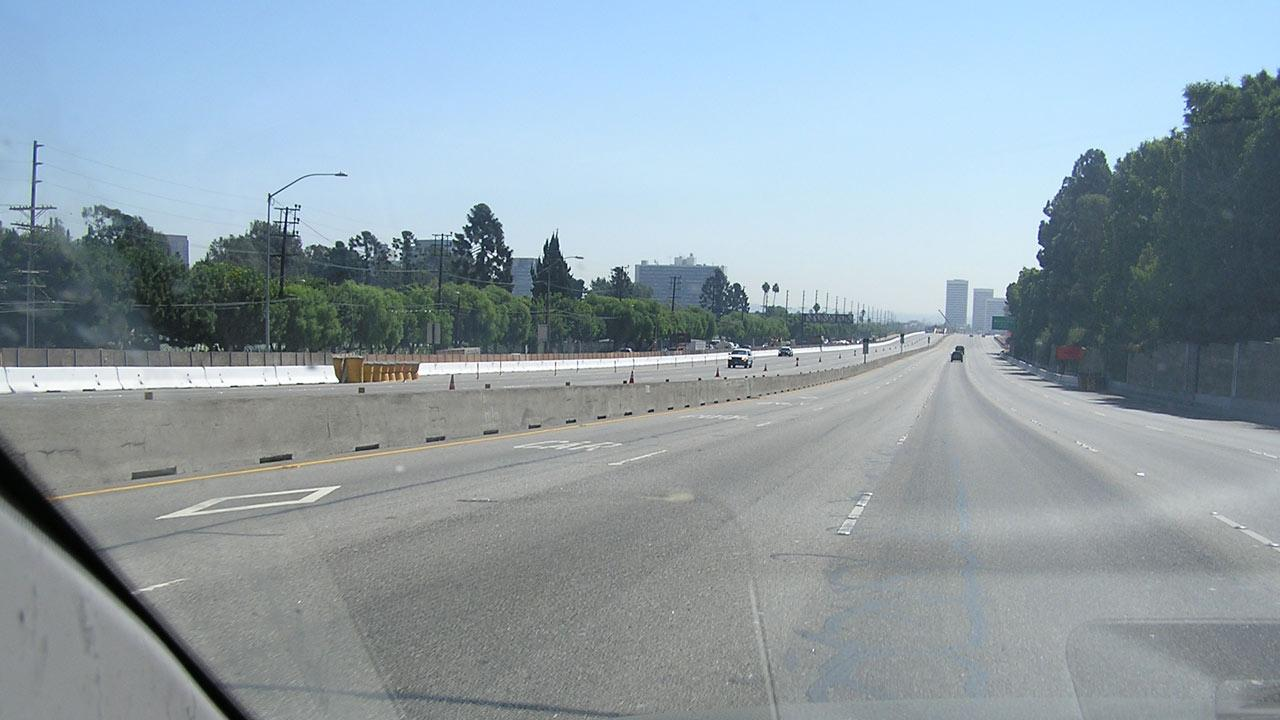 ABC7 news writer Steve Skootsky sent in this photo of a deserted 405 Freeway, just south of the Sunset onramp, which was open to southbound traffic on Sunday, Sept. 30, 2012. <span class=meta>(ABC7 news writer Steve Skootsky)</span>