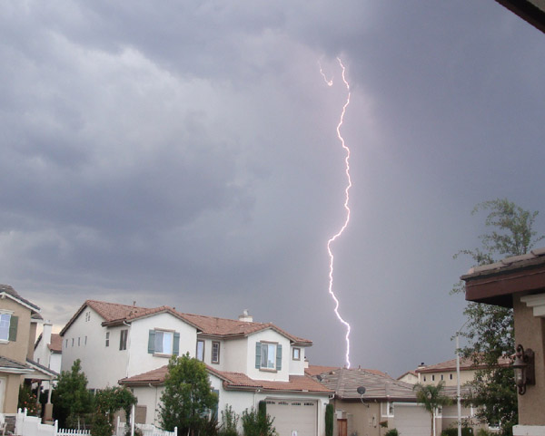 From ABC7 viewer Erica Neff, lightning in French Valley&#47;Temecula on Aug. 25, 2010. &#160;When you see breaking news happen, send your photos to video@myabc7.com, or send them to @abc7 on Twitter <span class=meta>(ABC7 viewer Erica Neff)</span>