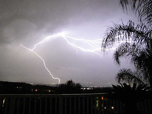 "<div class=""meta ""><span class=""caption-text "">ABC7 viewer Debbie Fumari of Stevenson Ranch sent in this photo following a rain storm on Tuesday, Oct. 19, 2010.  When You Witness breaking news, or even something extraordinary, send pictures and video to video@myabc7.com, or send them to @abc7 on Twitter (ABC7 viewer Debbie Fumari)</span></div>"