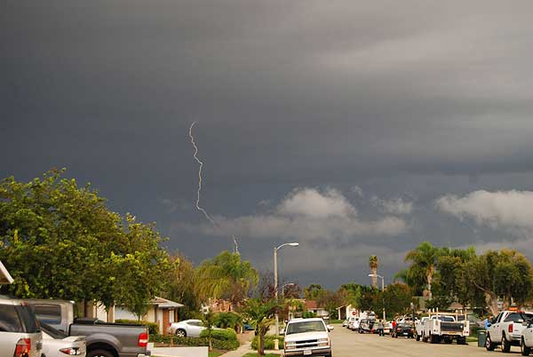 "<div class=""meta ""><span class=""caption-text "">ABC7 viewer June Marie Bibi of Ventura sent in this photo following a rain storm on Tuesday, Oct. 19, 2010.  When You Witness breaking news, or even something extraordinary, send pictures and video to video@myabc7.com, or send them to @abc7 on Twitter (ABC7 viewer June Marie Bibi)</span></div>"