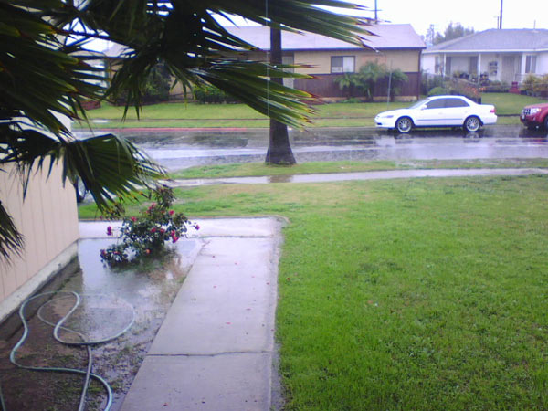 ABC7 viewer Robert Smih sent in this photo of the rainy weather in Carson, Calif., on Monday, Dec. 20, 2010.  When You Witness breaking news, or even something extraordinary, send pictures and video to video@myabc7.com, or send them to @abc7 on Twitter <span class=meta>(ABC7 viewer Robert Smih)</span>