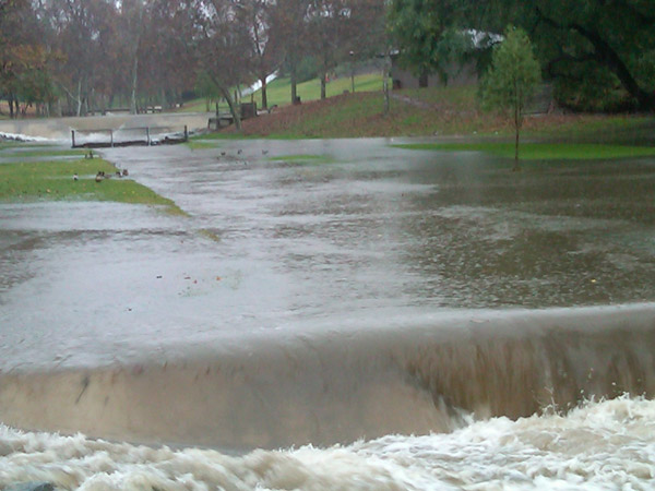 "<div class=""meta image-caption""><div class=""origin-logo origin-image ""><span></span></div><span class=""caption-text"">ABC7 viewer Justin Fisher sent in this photo of flooding at Creek Park in La Mirada, Calif., on Monday, Dec. 20, 2010.   When You Witness breaking news, or even something extraordinary, send pictures and video to video@myabc7.com, or send them to @abc7 on Twitter (ABC7 viewer Justin Fisher)</span></div>"