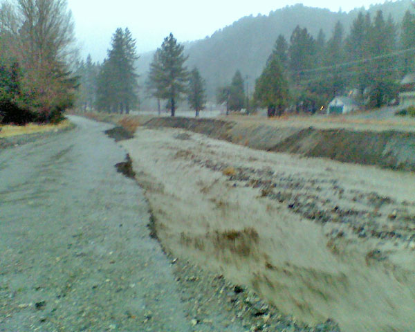 ABC7 viewer Kim Larini sent in this photo of the flooded wash area along Highway 2 in Wrightwood on Monday, Dec. 20, 2010.  When You Witness breaking news, or even something extraordinary, send pictures and video to video@myabc7.com, or send them to @abc7 on Twitter <span class=meta>(ABC7 viewer Kim Larini)</span>